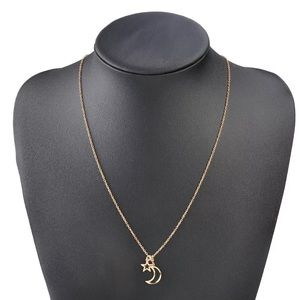 Jewelry - NEW! Moon & Star Simple Slider Necklace Gold